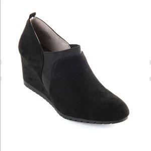 Bandolino Zimra Women Ankle Booties_Size 6M